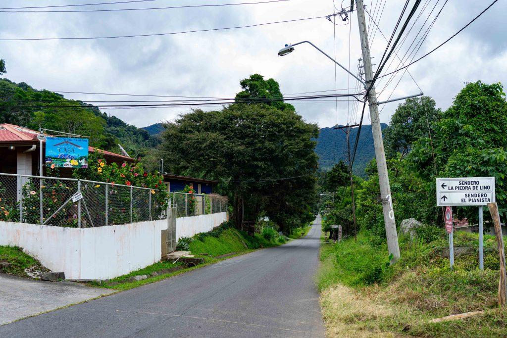 Piedra De Lino, Boquete, Panama, hiking, trail