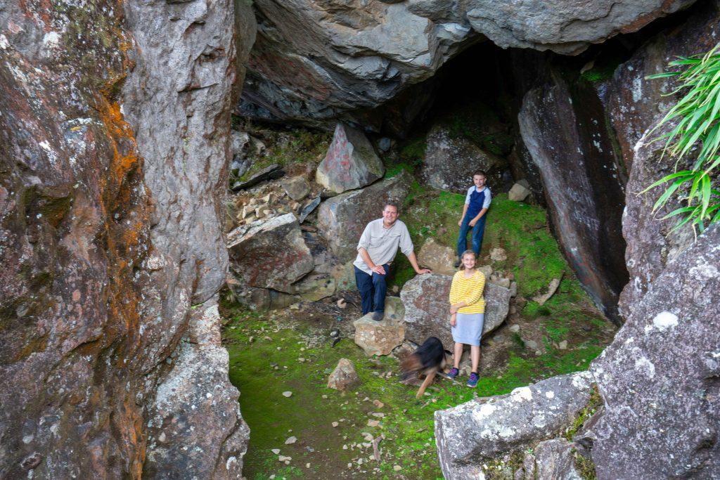Artillery Hill, Cerro La Artilleria,  Boquete, Panama, hiking, trail, cave