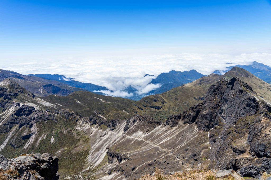 cumbre ruca pichincha, Quito , Ecuador, hiking