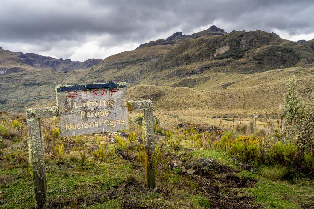 hiking, Cuenca, Ecuador, Cajas National Park, Parque Nacional Cajas, sign