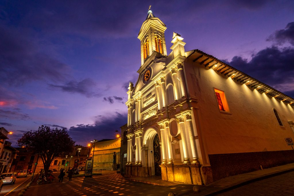 Cuenca, Ecuador, church, iglesia