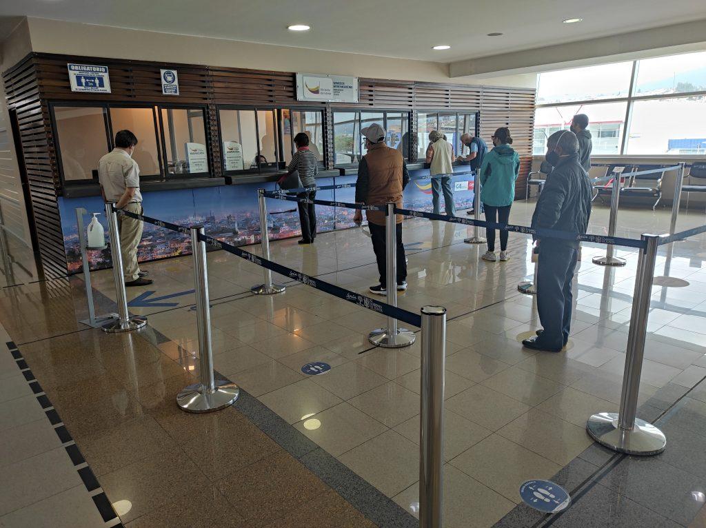 Cuenca, Ecuador, airport, immigration, oficina de migracion